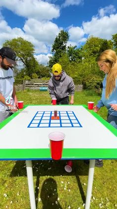 Funny Party Games, Family Party Games, Adult Party Games, Christmas Party Games, Family Picnic Games, Party Games For Adults, Youth Games, Team Games, Group Games