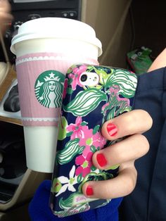 Lilly pulitzer and Starbucks. A girl's 2 best friends. All Things Cute, Girly Things, Prep Style, My Style, Preppy Southern, Southern Prep, Southern Belle, Lilly Pultizer, Prep Life