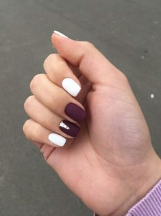 42 Dark Burgundy Winter Nails Design - Chicbetter Inspiration for Modern Women Aycrlic Nails, Swag Nails, Stylish Nails, Trendy Nails, Cute Acrylic Nails, Cute Nails, Wedding Nail Polish, Square Nail Designs, Exotic Nails