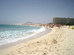 RIU-Hotel in den Dünen von Corralejo auf Fuerteventura #Frühling #Reisetipp