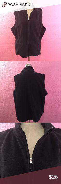 Black fleece vest.   Plus size Black fleece vest.   Plus size Karen Scott Jackets & Coats Vests