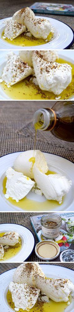 Homemade Labneh with Olive Oil & Za'atar   www.rachelphipps.com @rachelphipps
