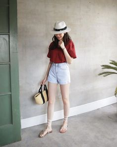 Great looking work korean fashion outfit Korean Fashion Summer, Korean Fashion Trends, Korean Street Fashion, Trendy Fashion, Girl Fashion, Fashion Outfits, Fashion Design, Fashion 2018, Trendy Style