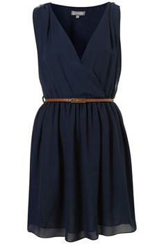 Love this little dress ...would look great with wedge heels