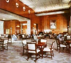 RMS Queen Elizabeth - First Class Lounge (1946)