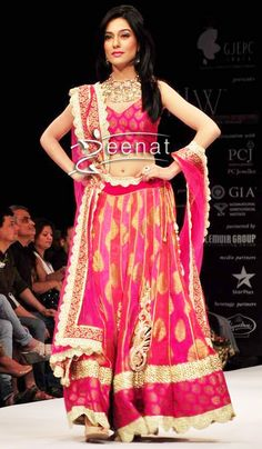 Amrita Rao shows up in an outstanding Designer Lehenga Choli, she walks the ramp for Agni's Creations at IIJW. A pink summer color for this festive season for 2013...