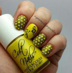 Pooh Honey Nails