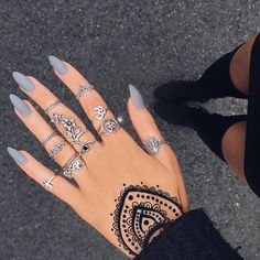 matte nails Interested in some gorgeous matte nail art for your next manicure? Check out these awesome matte nail polish ideas you can try! Grey Matte Nails, Matte Nail Polish, Grey Acrylic Nails, Acrylic Nails Almond Matte, Matte Nail Colors, Gel Nail, Tumblr Acrylic Nails, Grey Nail Art, Nail Glue