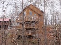 Pure Fun, 8 BR, 4 1/2 Bath, Lakefront House, 2 Slip Covered Dock, Fire Pit
