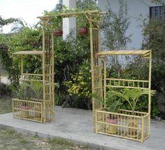 Bamboo trellis – - All About Bamboo Trellis, Bamboo Art, Bamboo Crafts, Garden Trellis, Garden Gates, Diy Pergola, Pergola With Roof, Bamboo Furniture, Garden Furniture