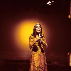 Nana Mouskouri wird 80. ICON hat sie interviewt http://www.welt.de/icon/article133166882/In-den-60ern-fand-man-meine-Brille-nicht-huebsch.html