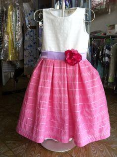 Vestido para niña marca Creativa industria boliviana