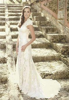 Omggggggggaaaaaaaaaahhhhhhhhhhhhhhh This is my DREAM wedding dress. I'm gonna look so pretty