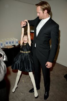 Alexander Skarsgård and Onata Aprile at event of What Maisie Knew