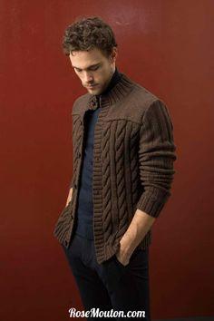 Gilet homme tricoté avec la laine Yak (laine de yak, mérinos extrafin) de Lang Yarns. Catalogue Lang Yarns Urban FAM 238. #laine #langyarns #tricot #knit #wool