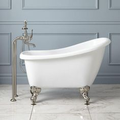 """44"""" Carter Mini Acrylic Clawfoot Tub. Not a bathtub guy, but like the small size and the Old West shape of the tub."""