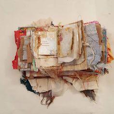 35 new Ideas for book art inspiration paper sculptures Handmade Journals, Handmade Books, Altered Books, Altered Art, Fabric Journals, Art Journals, Creative Journal, Book Projects, Journal Covers
