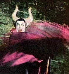"ashleyvoodoo: vintagegal: Eleanor Audley as the voice of Maleficent in Disney"" Sleeping Beauty"" 1959 Sleeping Beauty 2014, Sleeping Beauty Maleficent, Disney Villains, Disney Movies, Disney Stuff, Disney Princesses, Disney Concept Art, Disney Fan Art, Vintage Horror"