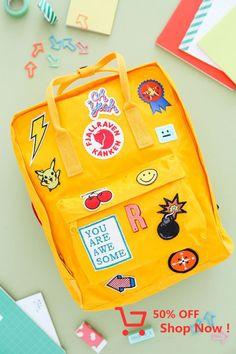 Kanken backpack, diy backpack, back to school backpacks, kids backpacks Mochila Kanken, Mason Jar Crafts, Mason Jar Diy, Diy Back To School, Diy Backpack, Thinking Day, Cute Diys, Kids Backpacks, Back To School Backpacks