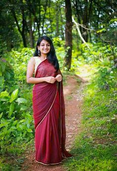 Baby Esther, Plain Saree, Jack And Jill, Artists For Kids, Indian Film Actress, Indian Beauty, Sari, Glamour, Actresses