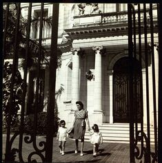 Lillian Gomez Mena De Fanjul and her two children in 1941, in front of their house the Vedado section of Havana.