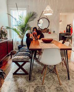 48 Elegant Dining Room Design Ideas With Bohemian Style Dining Room Sideboard, Dining Room Furniture, Dining Rooms, Furniture Ideas, Elegant Dining Room, Dining Room Design, Interior Design Living Room, Living Room Decor, Interior Decorating