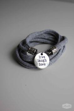 Madila's India bracelet. Made with zpaguetti door MadilaHandmade