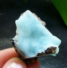 35mm-lovely-ice-blue-Hemimorphite-crystal-bubble-mineral-specimen-China-1166