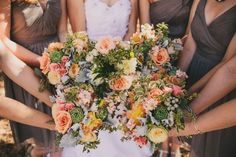 A Stunning Vintage DIY Wedding on the Countryside | OneWed
