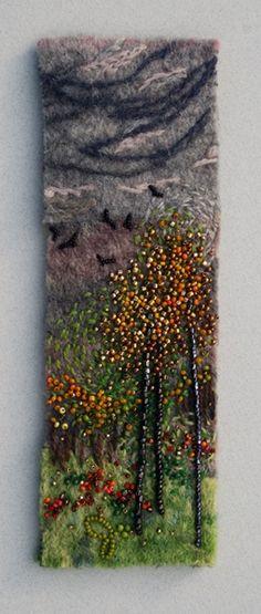Large photo of Tumble of Crows bead work on felt ny Jo Wood Nuno Felting, Needle Felting, Jo Wood, Felt Pictures, Textiles, Lesage, Felt Art, Felt Flowers, Fabric Art