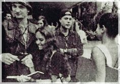 Layne Staley & Mike Starr w/ fans- Hollywood Rock Festival- Rio, 1993