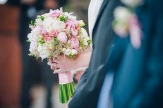 bukiet-ślubny-piwonie #wedding #bouquet #peonies #round