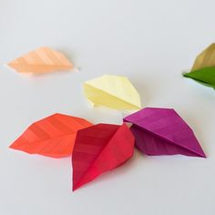 Photo tutorial for autumn paper leaves (post in German, tutorial in pictures)