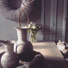 Vandaag weer een jaartje ouder en een bosje bloemen van mijn ouders gekregen . Zomaar weer wat kleur in huis! #landelijk #label160 #landelijkwonen #landelijkestijl #rustic #rusticliving #flowers #bloemen #interior #instahome #interieur #inspiratie #inspiration #ilovemyinterior #binnenkijken #binnenkijker #sober #verjaardag #birthday #birthdaygirl by label160___wonen