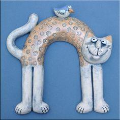 Zvěř Paper Mache, Ceramic Pottery, Cat Art, Dinosaur Stuffed Animal, Pillows, Gallery, Cat Breeds, Cats, Papier Mache