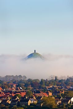 The labyrinth route of Glastonbury Tor | England ...