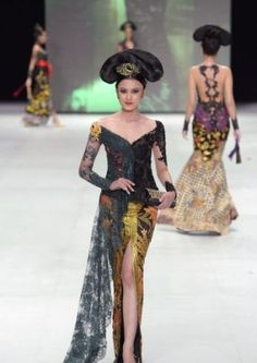 ~ Living a Beautiful Life ~ Legong serimpi IFW2014 by anne avantie