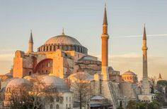 #Hagia Sofia is a former patriarchal basilica, later a mosque, now a museum, in #Istanbul #Turkey Photo @GoToTurkeyUK