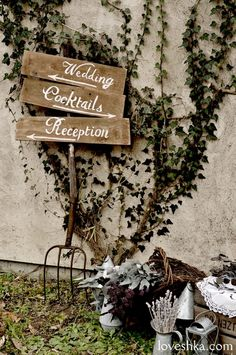 real wedding / 実際のプロデュース / ウェルカムボード / ブリキ / 木箱 / ドライ / 看板 / ウェディング / 結婚式 / wedding / オリジナルウェディング / プティラブーシュカ / トキメクウェディング Wedding Wall, Wedding Signs, Garden Wedding, Cocktail Wedding Reception, Welcome Boards, Welcome To The Party, Shop Signs, Wedding Images, Studio