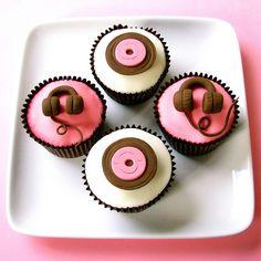 DJ cupcakes #edm #foodporn
