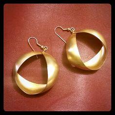 Matte gold unique earrings FINAL MARKDOWN! Fish hook matte gold earrings . Perfect condition. Anthropologie Jewelry Earrings
