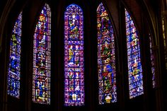 Old stained-glass windows in Cathedral of Our Lady of Chartres in Chartres. Cathedrale Notre-Dame de Chartres is on the UNESCO list. Stained Glass Church, Stained Glass Lamps, Fused Glass Art, Glass Wall Art, Leaded Glass, Glass Paperweights, Stained Glass Windows, Window Glass, Wine Bottle Wall