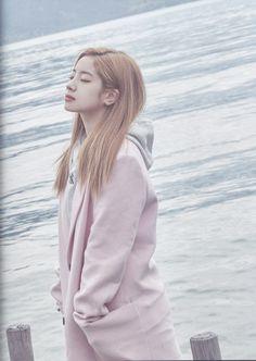 Twice Photo Book Kpop Girl Groups, Korean Girl Groups, Kpop Girls, Twice Jyp, Twice Once, Nayeon, Daehyun, Twice Dahyun, One In A Million