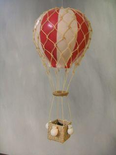 Balão feito em cabaça modelo vitoriano, várias cores.