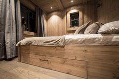 Soveromsmøbler Til Hytte Rustic Interiors, Cottage, Bed, Furniture, Home Decor, Decoration Home, Stream Bed, Room Decor, Cottages