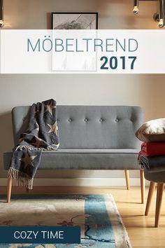 Das kompakte Cozy Time Sofa braucht nicht viel Platz, um es euch gemütlich zu machen. Für den Fühl-dich-wohl-Effekt reichen sein modernes, reduziertes Design mit Retro-Touch und der graue Baumwoll-Bezug in stone-washed-Optik.