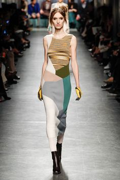 Strickkleider sind der Fashion Trend für Herbst/Winter 2014/15