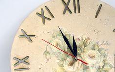 Купить Бежевые часы декупаж - бежевый, часы, часы декупаж, Декупаж часы, часы купить