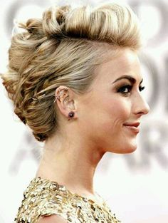 18 Pretty Updos for Short Hair: Clever Tricks with a Handful of Hairgrips Julianne Hough Short Hair Style: Subtle Faux Hawk Updo Hairstyle Side Hairstyles, Pretty Hairstyles, Wedding Hairstyles, Hairstyle Ideas, Formal Hairstyles For Short Hair, Short Updo Hairstyles, Teenage Hairstyles, Hairstyles Pictures, Blonde Hairstyles