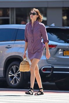 How to do pajama dressing when it's too hot to deal: Alexa Chung edition. Instead of a cozy top-and-trouser combo, she opts for a shirtdress — keeping cool without sacrificing comfort. #refinery29 http://www.refinery29.com/2016/07/117636/alexa-chung-style-best-outfits#slide-5